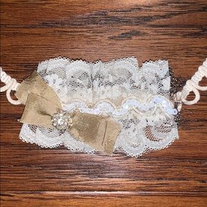 Other - Lace feathered and gem headband